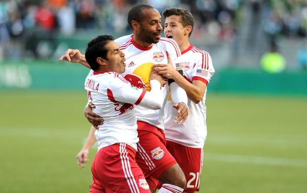 Henry comemora gol do New York contra o Portland Timbers (Foto: AFP)