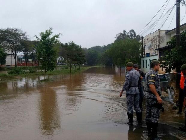 Ribeirão Toledos em Santa Bárbara d'Oeste (Foto: Edijan Del Santo/ EPTV)