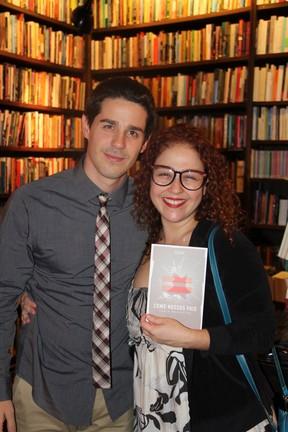 Pedro Neschiling e Débora Lamm emlançamento de livro no Rio (Foto: Rogério Fidalgo/ Ag. News)