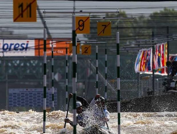 C2 Masculino Canoagem Slalom - brasileiros Charles Correa e Anderson Oliveira  (Foto: Divulgação)