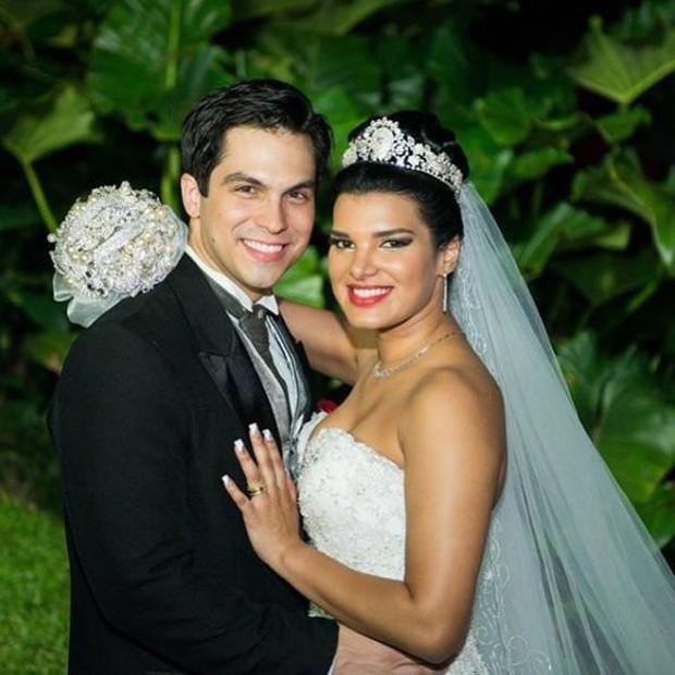 Juliane Almeida e o marido, Michell Moraes (Foto: Reprodução/Instagram)