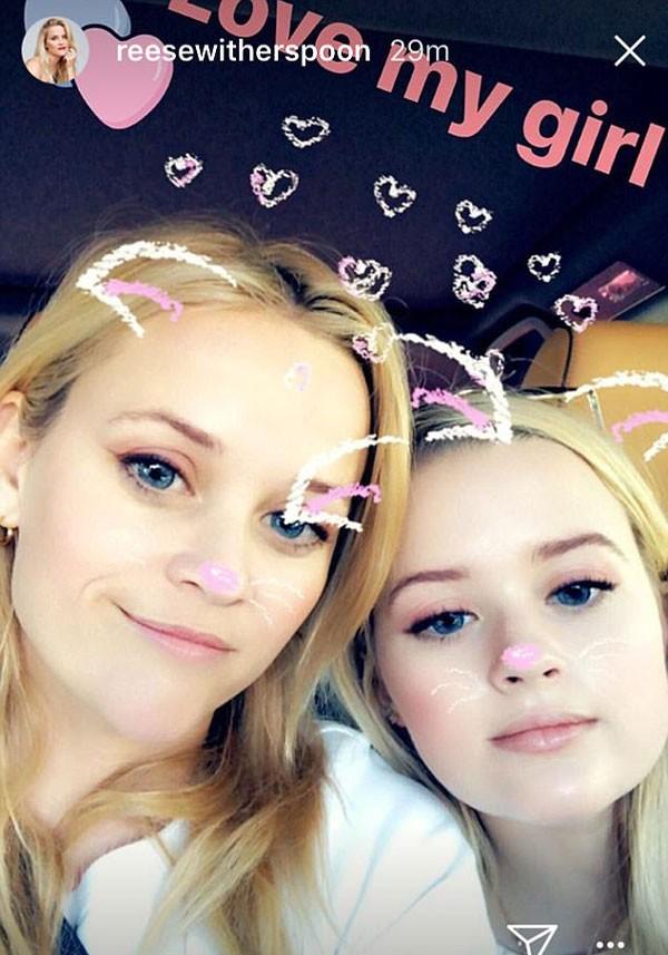 Reese Witherspoon posa ao lado da filha, Ava (Foto: Reprodução/Instagram)