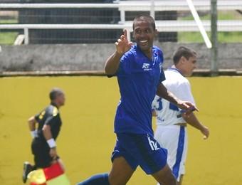 São José dos Campos FC x Taubaté A3 Cris (Foto: Tião Martins/ TM Fotos)