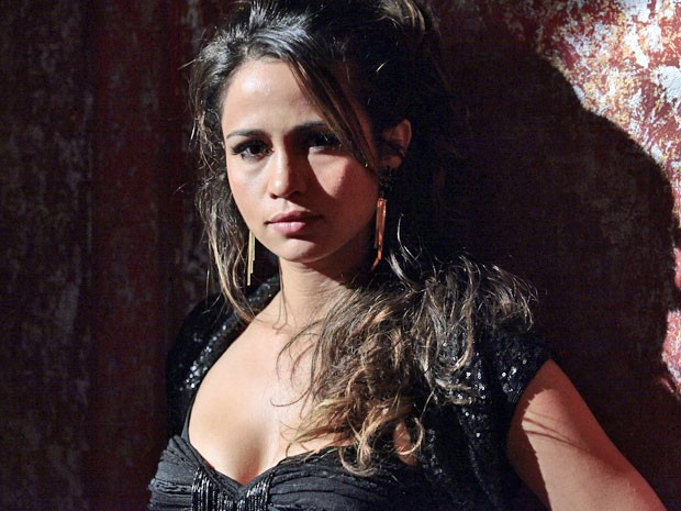 Atriz fala sobre o drama de Morena em Salve Jorge (Foto: Salve Jorge / TV Globo)
