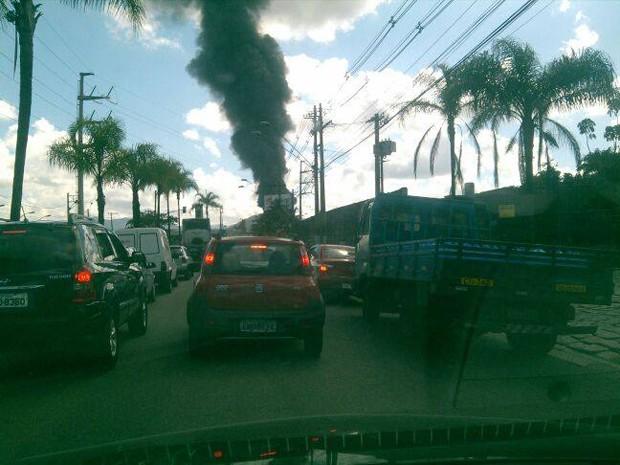 Motoristas ficaram assustados com o incêndio em Santos (Foto: Joel Reis / Arquivo Pessoal)