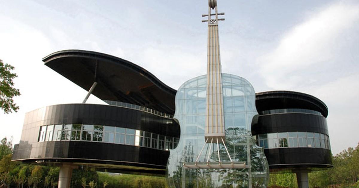 G1 pr dio em forma de piano e violino atra o em for Creatore del piano casa