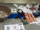 Homem é preso com munições e drogas em casa em Petrópolis, RJ