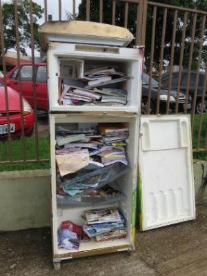 Geladeiroteca foi alvo de vandalismo em Iperó (Foto: Prefeitura de Iperó/Divulgação)