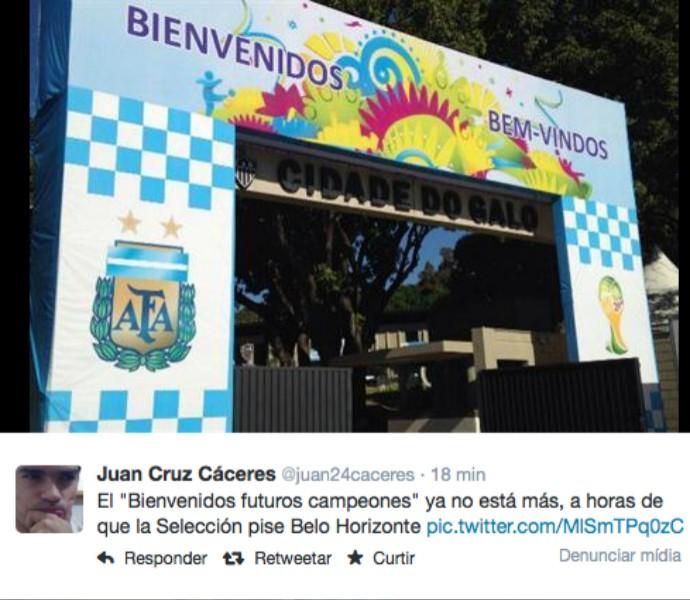 Mensagem otimista que era exibida na entrada da Cidade do Galo foi substituída pela AFA (Foto: Reprodução / Twitter)