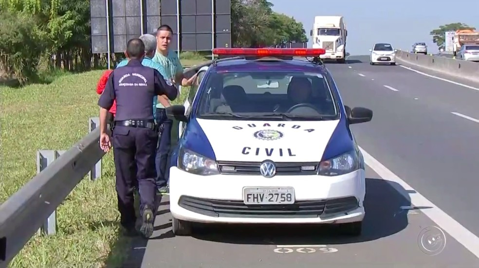 Guarda Civil de Araçoiaba da Serra foi acionada para verificar situação dos pacientes (Foto: Reprodução/TV TEM)