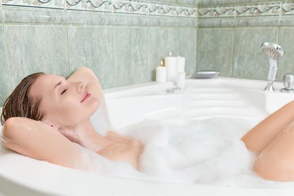 Peraí, um banho pode queimar tantas calorias como uma corrida?? (Foto: Thinkstock)