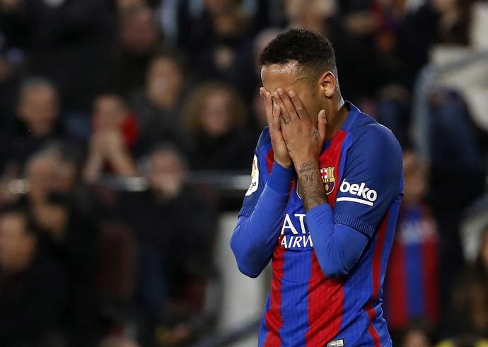 Neymar Barcelona Real Madrid (Foto: Alberto Estévez / EFE)