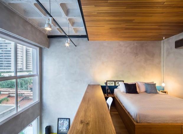 quarto-mezanino-madeira-janela-iluminacao (Foto: Divulgação)