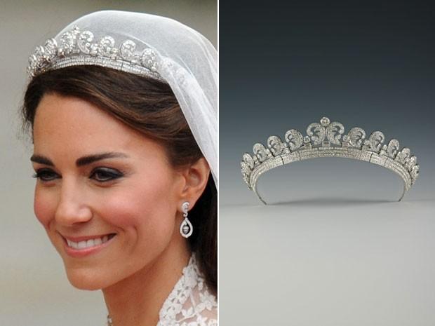 Kate Middleton durante seu casamento; à direita, a tiara que ela usou no dia e que faz parte de mostra sobre a marca Cartier (Foto: Ben Stansall/AFP; Royal Collection Trust/© Her Majesty Queen Elizabeth II 2013)