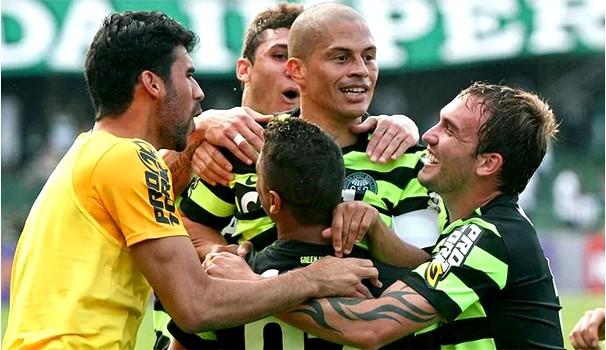 Coritiba tem histórico recente positivo em jogos com o São Paulo no Couto (Foto: Divulgação / Site Oficial do Coritiba)