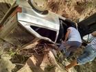 Cinco pessoas ficam feridas em capotamento na LMG- 602