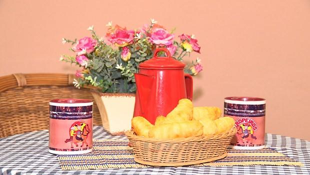 Caminhos do Campo ensinou receita de uma saborosa coxinha de farofa (Foto:  Reprodução/RPC)