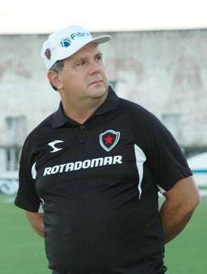 marcelo vilar, técnico do botafogo-pb, botafogo-pb,  (Foto: Lucas Barros / Globoesporte.com/pb)
