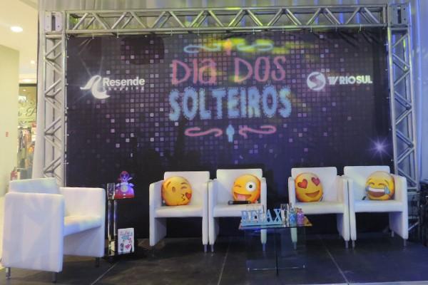 'Dia dos Solteiros' aconteceu neste sábado (15) em Resende (Foto: Bruno Gonçalves)