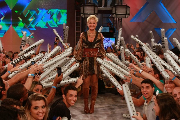 Xuxa faz gravação de seu programa para a comemoração  de 50 anos (Foto: Clayton Militão / FotoRionews)