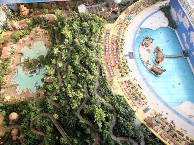 Tropical islands, praia artificial na Alemanha (Foto: Divulgação)