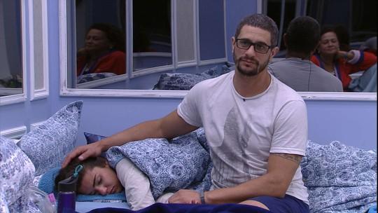 Daniel conta para Vivian e Ieda quem foi o último a deixar a Prova do Líder