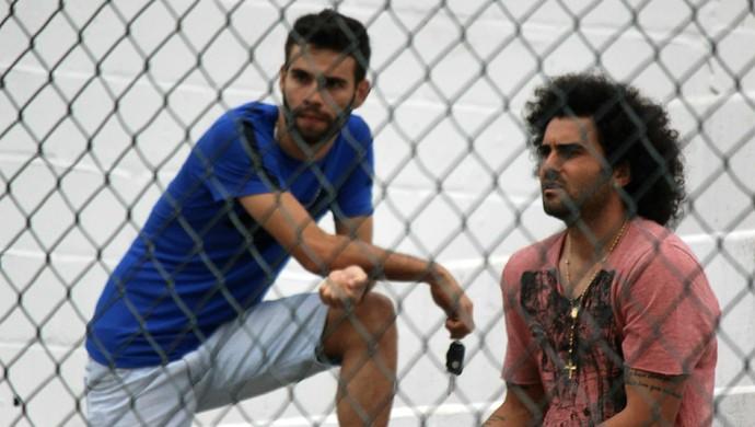 Neto Coruja (dir.) e Jussandro negociam as saídas com o ABC (Foto: Diego Simonetti/Blog do Major)