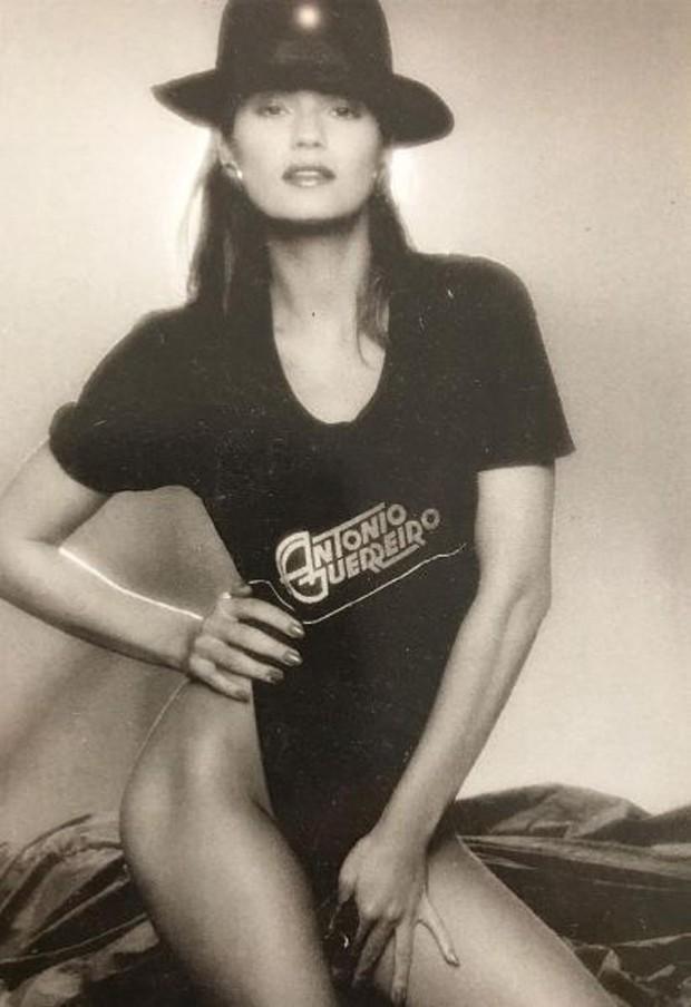 Luiza Brunet em clique antigo (Foto: Reprodução/Instagram)