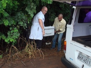 Corpo de homem arrastado por enxurrada foi encontrado na manhã desta quinta em Porto Ferreira (Foto: Osni Martins)