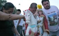 Missa em homenagem a São Jorge reúne fiéis no AM; FOTOS (Gabriel Machado/G1 AM)