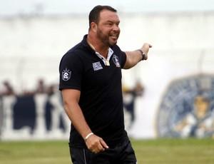 Roberto Fernandes técnico do Remo (Foto: Igor Mota/O Liberal)
