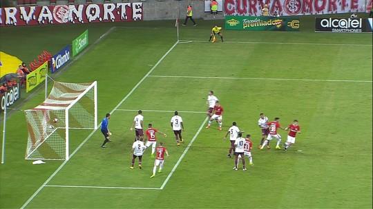 Exame inicial não detecta lesão grave, mas Edenílson será reavaliado no Inter