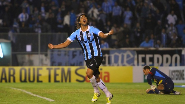Marcelo Moreno &#233; o goleador do Gr&#234;mio na temporada (Foto: Lucas Uebel, Divulga&#231;&#227;o/Trato.TXT)