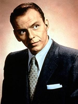O cantor Frank Sinatra nos anos 50 (Foto: AFP)