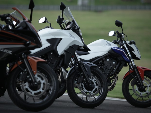 Honda CBR 500R, CB 500X e CB 500F (Foto: Caio Kenji / G1)