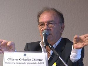 O pesquisador Gilberto Chierici (Foto: Luiz Carlos Bezerra/ EPTV)