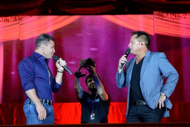 Eduardo Costa e Leonardo (Foto: Eduardo Martins / AgNews)