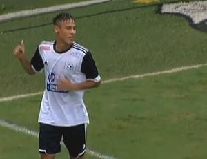 Neymar comemora gol no jogo Natal Sem Fome (Foto: Reprodução SporTV)