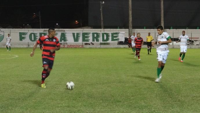 Coruripe x Campinense, jogo (Foto: Leonardo Freire/GloboEsporte.com)