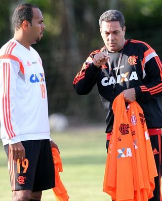 Luxemburgo e Alecsandro Treino Flamengo (Foto: Márcio Mercante/Agência Estado)
