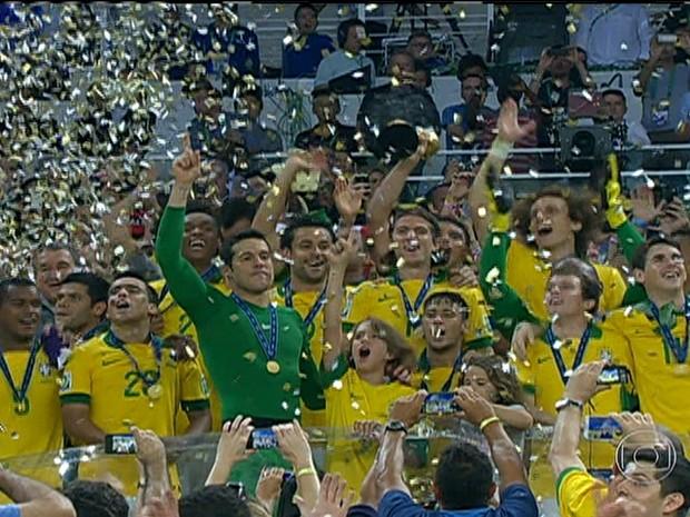 Jogadores já pensam na Copa da Mundo após conquista da Copa das Confederações (Foto: Rede Globo)