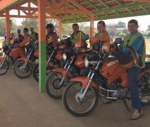 Mototaxista (Foto: Eliete Marques/G1)
