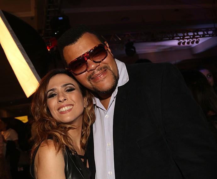 Na festa de lançamento de I Love Paraisópolis, Babu posou ao lado de Tatá Werneck (Foto: Marcos Rosa / TV Globo)