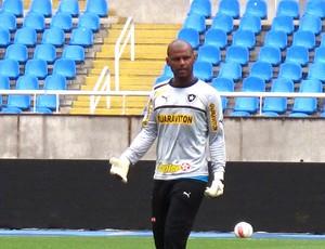 Jefferson no treino do Botafogo (Foto: Thales Soares)