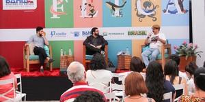 João Paulo Cuenca e Lima Trindade debatem profundidade da literatura (Egi Santana/Flica)