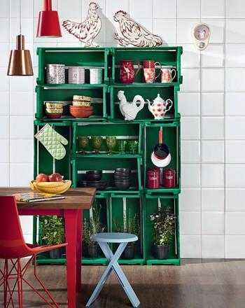 10 dicas para usar caixotes de madeira na decora o casa for Como pintar un mueble lacado