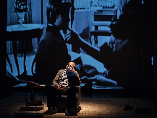 Com direção de Georgette Fadel, peça volta aos  palcos dentro do Projeto Teatro Mínimo do Sesc Ipiranga (Foto: Fabio Stachi)