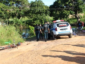 Corpo foi encontrado por pessoas estava em igarapé (Foto: Arquivo Pessoal/)