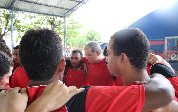Oração na Preleção (Foto: Wenner Tito/Globoesporte.com)