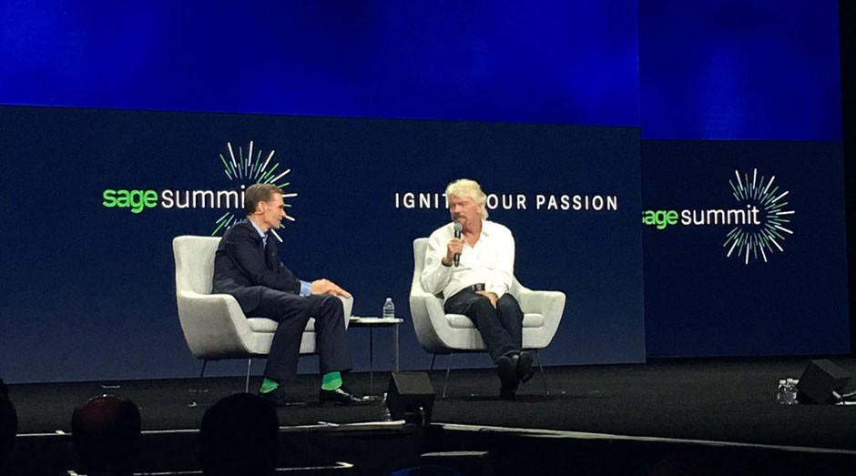 Richard Branson, durante o Sage Summit, em Chicago (Foto: Divulgação)